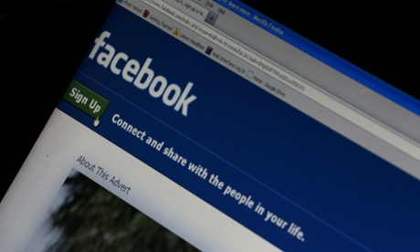 Facebook dominates in US rush to social networking!
